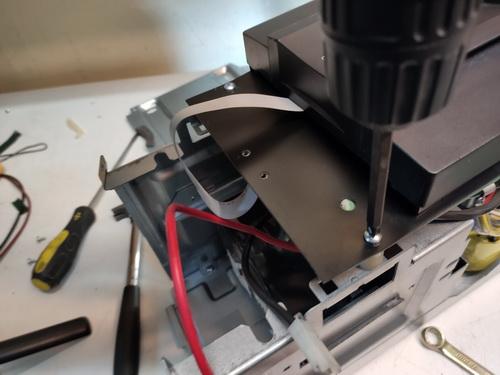 замена аккумулятора APC SMC1000i